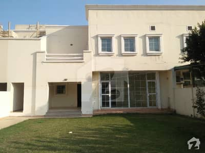 بحریہ آرچرڈ فیز 1 بحریہ آرچرڈ لاہور میں 4 کمروں کا 1 کنال مکان 70 ہزار میں کرایہ پر دستیاب ہے۔