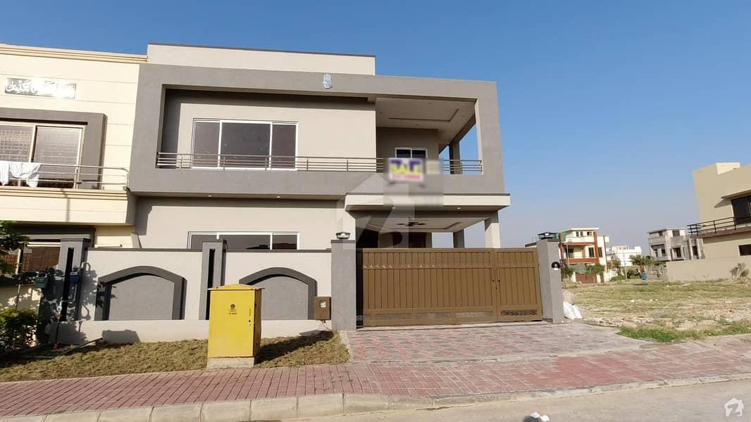 بحریہ ٹاؤن فیز 8 ۔ سیکٹر ایف - 1 بحریہ ٹاؤن فیز 8 بحریہ ٹاؤن راولپنڈی راولپنڈی میں 5 کمروں کا 10 مرلہ مکان 2.35 کروڑ میں برائے فروخت۔
