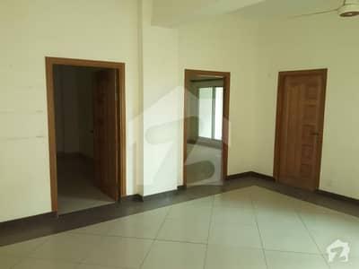 حیات آباد فیز 2 حیات آباد پشاور میں 3 کمروں کا 7 مرلہ فلیٹ 1.9 کروڑ میں برائے فروخت۔