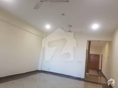 ڈین ہائٹس حیات آباد پشاور میں 3 کمروں کا 7 مرلہ فلیٹ 55 ہزار میں کرایہ پر دستیاب ہے۔
