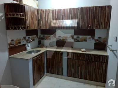 لیاقت آباد کراچی میں 2 کمروں کا 2 مرلہ بالائی پورشن 17.5 لاکھ میں برائے فروخت۔