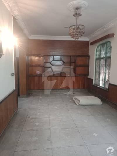 10 Marla Single Storey House For Rent In Allama Iqbal Town Karim Block