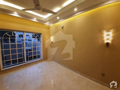 1 Kanal Upper Portion Available For Rent Near Hh Park