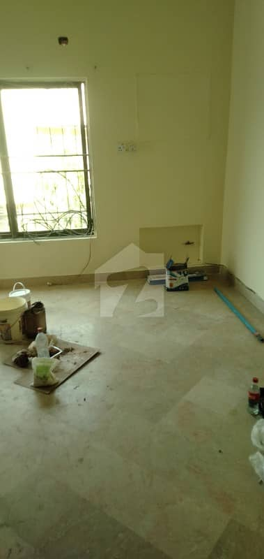 1125  Square Feet Upper Portion For Rent In Beautiful Dha Defence