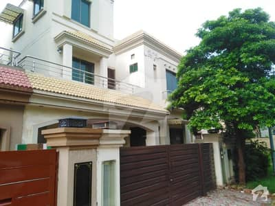 10 Marla House For Sale In Overseas Enclave Bahria Town Lahore