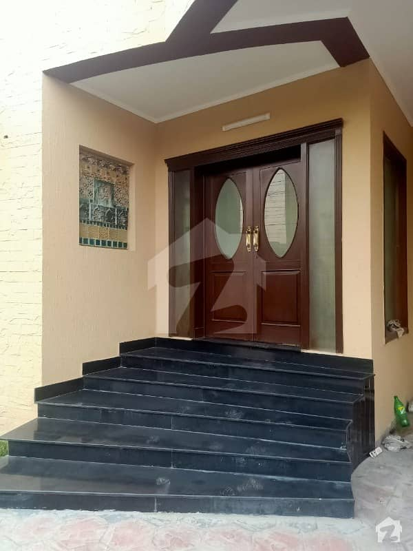 1 Kanal House Available For Rent In Dha Phase 4