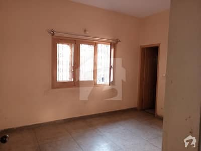 3 Bed Drawing Dining 216 Sq Yd Portion For Rent In Nazimabad 3