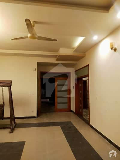 2700  Square Feet House In Model Town For Rent