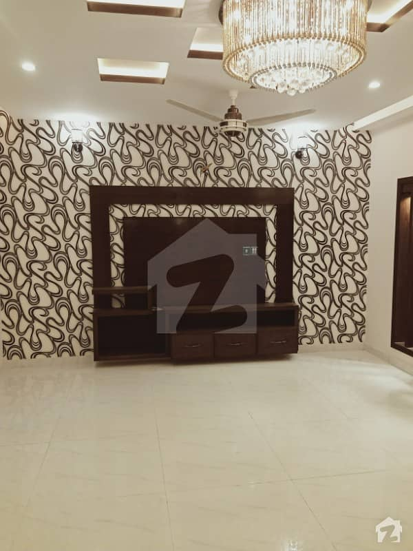 10 Marla Bran New House For Sale In Paragon City Barki Road Lhr.