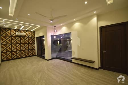 Lower Portion 1 Kanal Brand New Semi Furnished House Available For Rent Ne Packages Mall