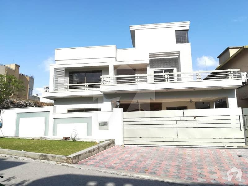 ڈی ایچ اے فیز 1 - سیکٹر اے ڈی ایچ اے ڈیفینس فیز 1 ڈی ایچ اے ڈیفینس اسلام آباد میں 6 کمروں کا 1 کنال مکان 4.3 کروڑ میں برائے فروخت۔