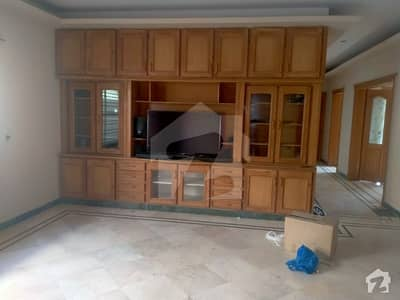 F113 Neat And Clean Big Upper Portion 3 Bed Rooms Out Class Portion Available For Rent
