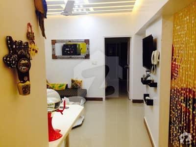 جناح ایونیو کراچی میں 2 کمروں کا 5 مرلہ فلیٹ 1.05 کروڑ میں برائے فروخت۔