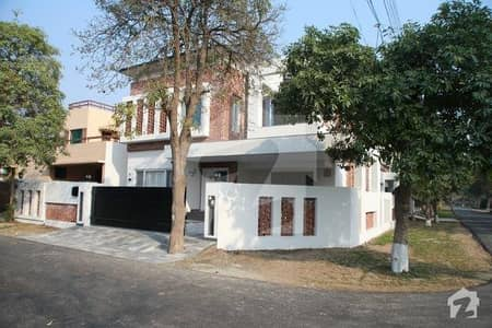 Kanal Contemporary Bungalow Sui Gas