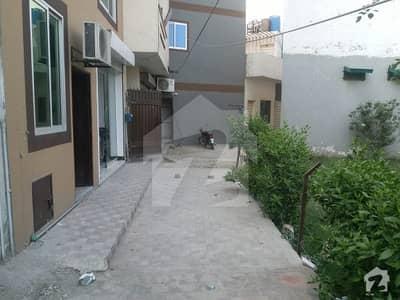 پاک عرب ہاؤسنگ سوسائٹی لاہور میں 2 کمروں کا 4 مرلہ فلیٹ 20 ہزار میں کرایہ پر دستیاب ہے۔