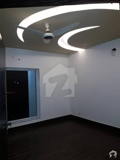 4 Years Old 10 Marla  House For Sale In Bahria Town Phase 8 Overseas Sector 3