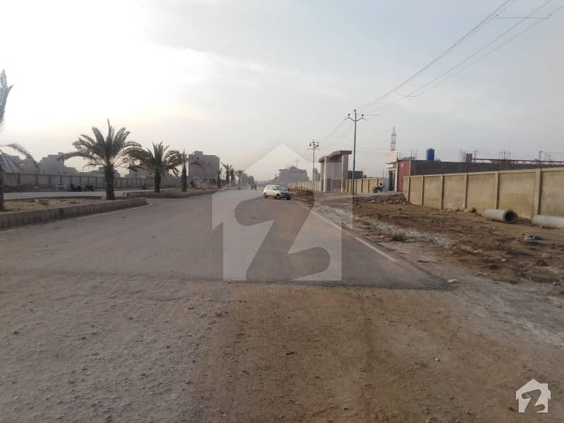 West Open Plot Is Available For Sale In Punjabi Saudagar Society