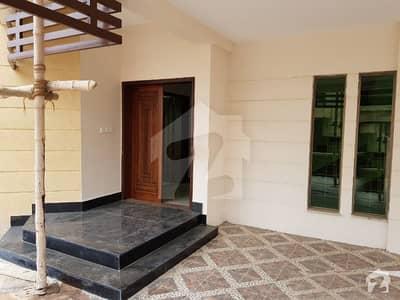 عسکری 5 ملیر کنٹونمنٹ کینٹ کراچی میں 5 کمروں کا 17 مرلہ مکان 1.15 لاکھ میں کرایہ پر دستیاب ہے۔