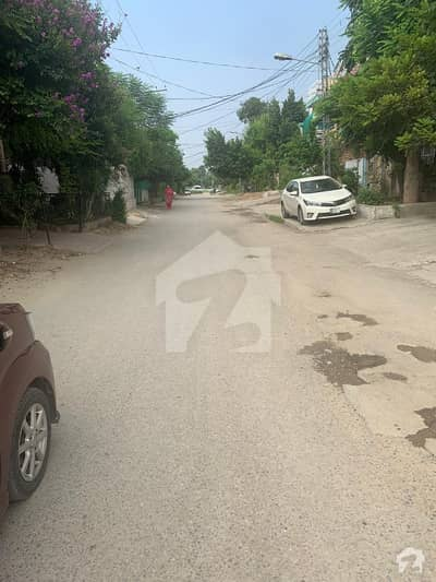 Ideal Location 50Ft Gali I101 Pindi Face House For Sale