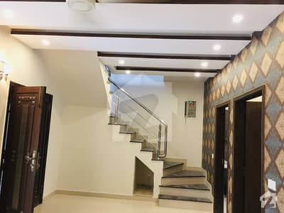 اسٹیٹ لائف فیز 1 - بلاک اے اسٹیٹ لائف ہاؤسنگ فیز 1 اسٹیٹ لائف ہاؤسنگ سوسائٹی لاہور میں 3 کمروں کا 5 مرلہ مکان 42 ہزار میں کرایہ پر دستیاب ہے۔