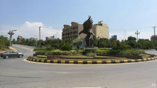 Excellent Commercial Pair Plots Available For Sale In DHA 3 Serene City