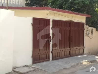 2700  Square Feet Lower Portion Available For Rent In Chungi No 8
