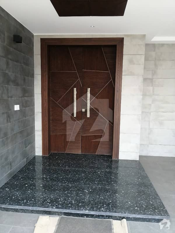 1 Kanal House Available For Sale In Phase 3 Block W Dha Lahore