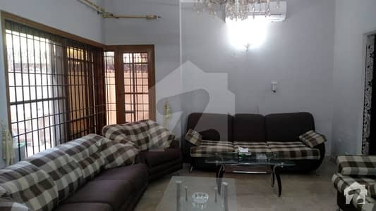 300 Sq Yards Bungalow For Rent