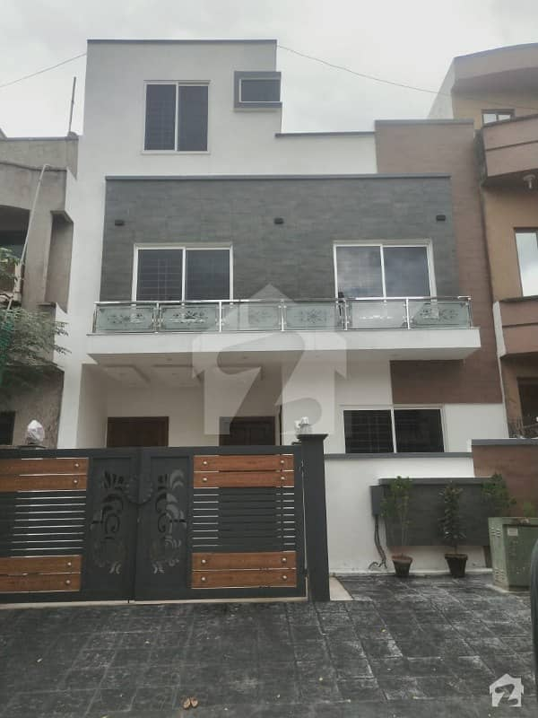 Brand New 25x40 Luxury Style House For Sale