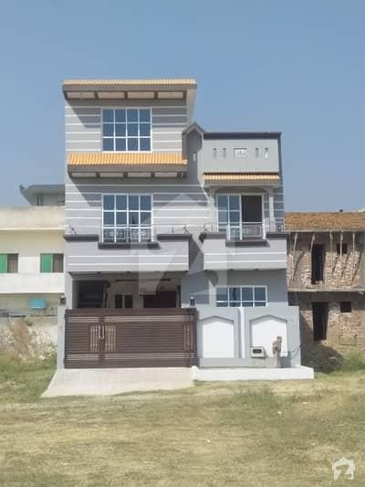 آئی ۔ 14/1 آئی ۔ 14 اسلام آباد میں 4 کمروں کا 5 مرلہ مکان 1.4 کروڑ میں برائے فروخت۔