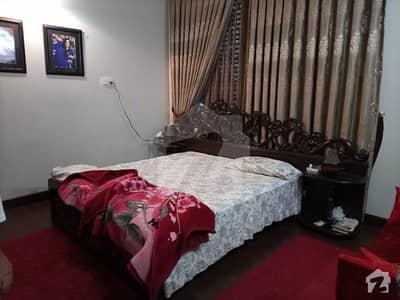 کالج روڈ لاہور میں 5 کمروں کا 1 کنال مکان 3.35 کروڑ میں برائے فروخت۔
