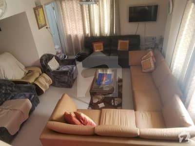 کلفٹن ۔ بلاک 2 کلفٹن کراچی میں 5 کمروں کا 16 مرلہ پینٹ ہاؤس 4.4 کروڑ میں برائے فروخت۔