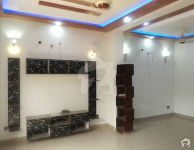 10 Marla Upper Portion In Central Raiwind Road For Rent