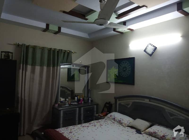گلستانِِ جوہر ۔ بلاک 17 گلستانِ جوہر کراچی میں 4 کمروں کا 5 مرلہ مکان 1.6 کروڑ میں برائے فروخت۔
