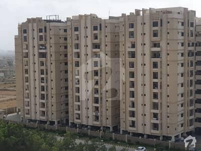 صائمہ جناح ایونیو ملیر کراچی میں 3 کمروں کا 10 مرلہ فلیٹ 60 ہزار میں کرایہ پر دستیاب ہے۔
