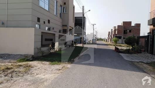 ڈی ایچ اے 11 رہبر فیز 1 - بلاک ڈی ڈی ایچ اے 11 رہبر فیز 1 ڈی ایچ اے 11 رہبر لاہور میں 10 مرلہ رہائشی پلاٹ 1.3 کروڑ میں برائے فروخت۔