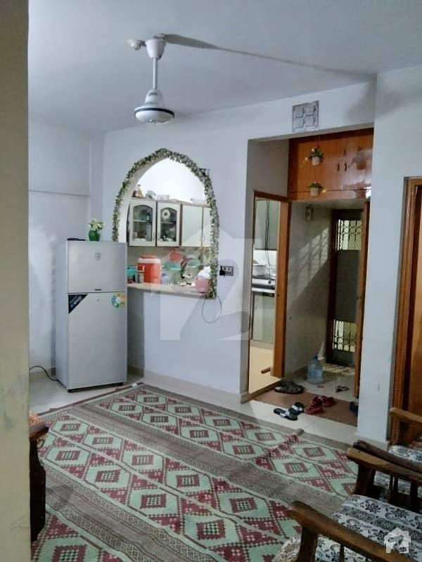 3 Bed DD 5th Floor Flat For Sale in Falak Naz Center Main Shahrah E Faisal