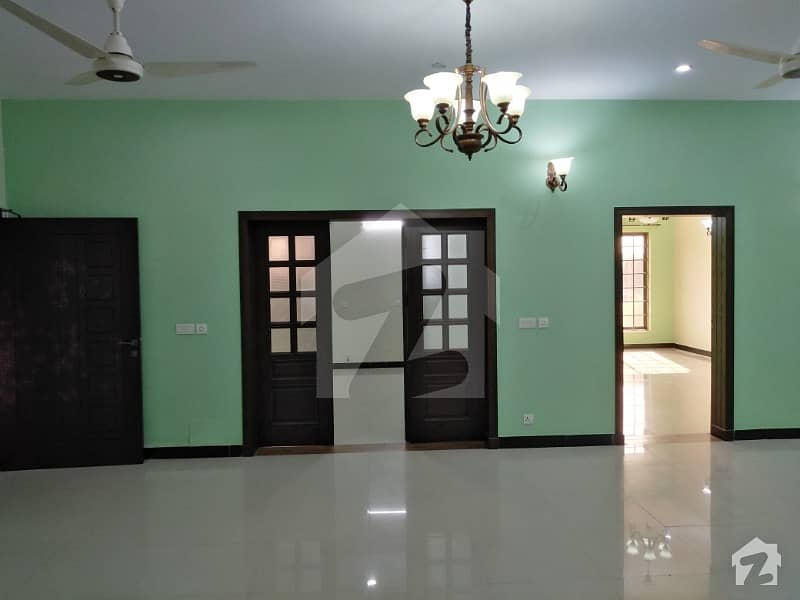7 Marla Beautiful Portion For Rent In G-15