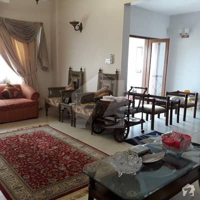 Clifton 1800 Square Feet Flat Up For Sale