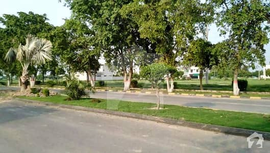 1 Kanal Plot For Sale On Good Location
