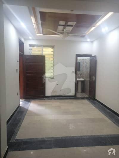 غوری ٹاؤن اسلام آباد میں 4 کمروں کا 6 مرلہ مکان 40 ہزار میں کرایہ پر دستیاب ہے۔