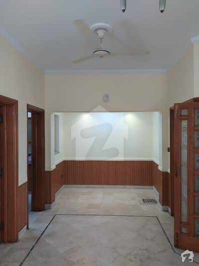 10 Marla House For Rent In EE Block Phase 4 Dha Lahore