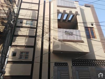 حیات آباد فیز 1 حیات آباد پشاور میں 6 کمروں کا 5 مرلہ مکان 1.8 کروڑ میں برائے فروخت۔