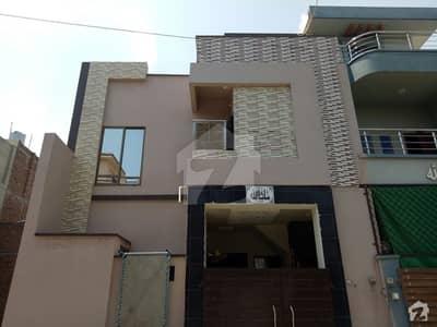فور سِیزن ہاؤسنگ فیصل آباد میں 3 مرلہ مکان 72 لاکھ میں برائے فروخت۔