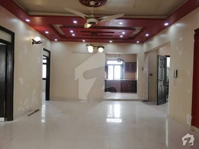 Gulshan E Iqbal Block 13d New Portion 400 Sq Yards 1st Floor For Rent