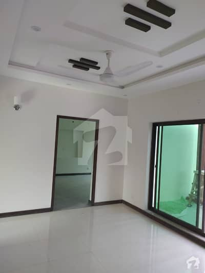 11 Marla Corner House For Rent In Dd Block Phase 4 Dha Lahore