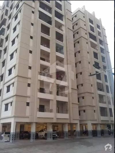 صائمہ جناح ایونیو ملیر کراچی میں 2 کمروں کا 6 مرلہ فلیٹ 45 ہزار میں کرایہ پر دستیاب ہے۔
