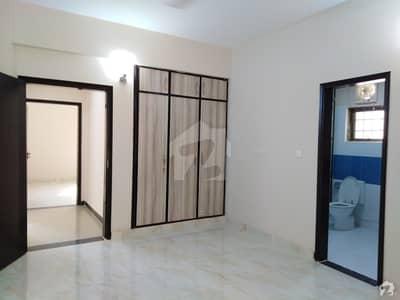 عسکری 5 ملیر کنٹونمنٹ کینٹ کراچی میں 3 کمروں کا 11 مرلہ فلیٹ 62 ہزار میں کرایہ پر دستیاب ہے۔