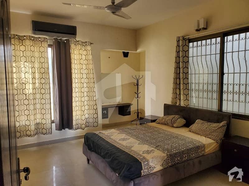 گلشنِ اقبال - بلاک 13 سی گلشنِ اقبال گلشنِ اقبال ٹاؤن کراچی میں 7 کمروں کا 10 مرلہ مکان 5.25 کروڑ میں برائے فروخت۔