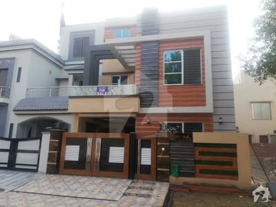 5 Marla Like A New House For Rent In Bb Block Sector B Bahria Town Lahore